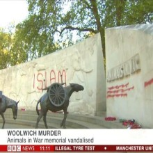 london-animals-in-war-memorial-vandalised-with-islamic-graffitti-may-2013-220x220