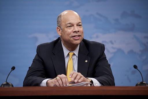 Jeh_Johnson,_general_counsel_to_the_Department_of_Defense,_addresses_the_media_during_a_press_conference_in_the_Pentagon_March_2