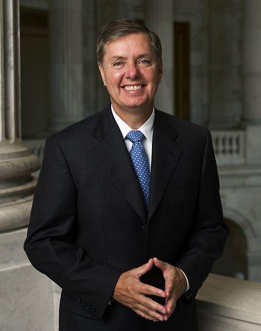 Lindsey_Graham,_official_Senate_photo_portrait,_2006