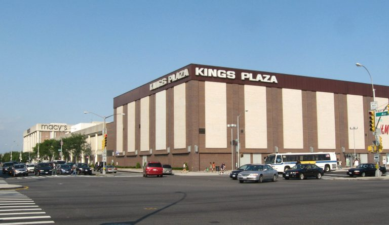 Hundreds Of Crazed Teens Storm Kings Plaza Mall in Brooklyn- More Knockout Violence Reported