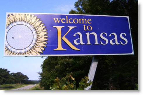 welcome-to-kansas-sign