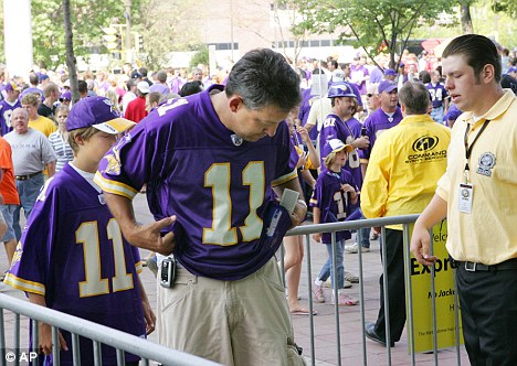 vikings fans patted down
