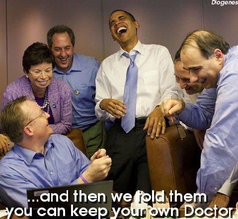 obama-yucks-it-up
