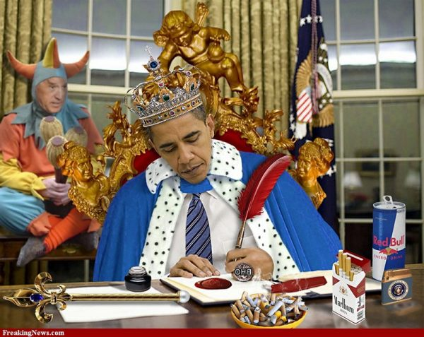 The-King-Barack-Obama-And-His-Jester-78130