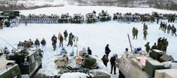 north-pole-warfare-890x395_c