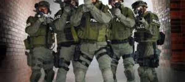 swat-team-ferguson-890x395_c