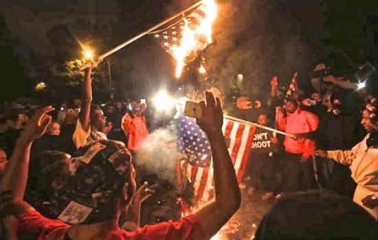 Ferguson-burning-flag