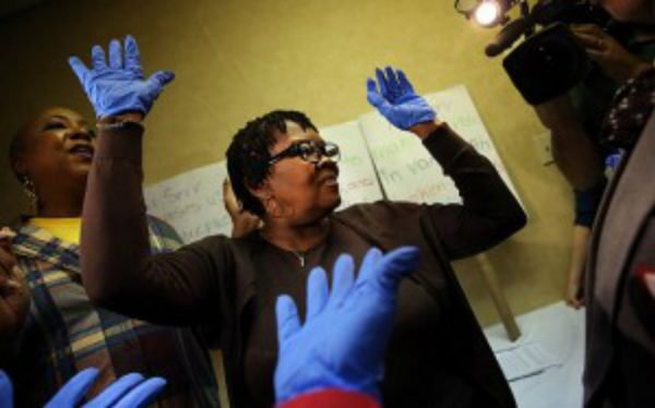 ebola laguardia