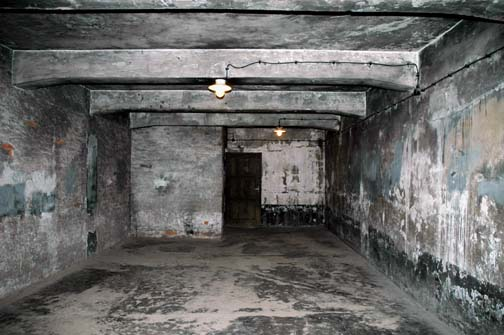 gas chamber room