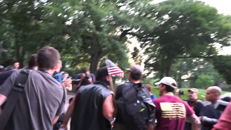 VIDEO: VETERANS CHASE AWAY FLAG BURNERS DURING HEATED CONFRONTATION