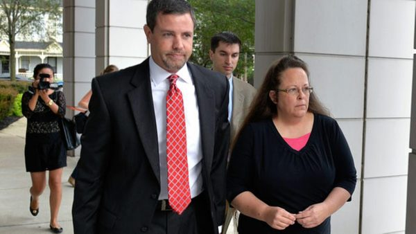 Judge Orders Kim Davis Jailed – But His Order was Against the Law