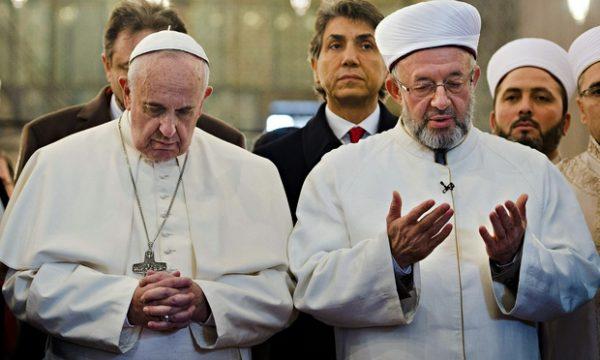 Pope Francis and Grand Mufti Yaran