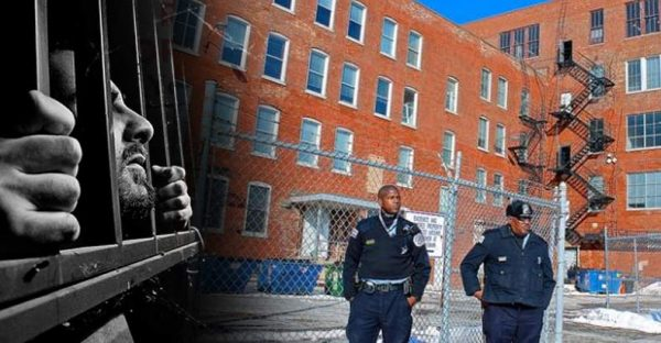 Chicago-Cops-Have-Disappeared-More-than-7000-People-at-Secret-Interrogation-Warehouse