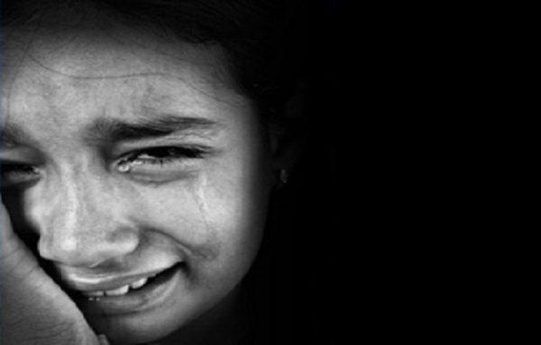 girl-crying-341