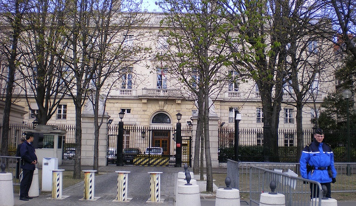 US Embassy Turned Away Citizens During Paris Attacks