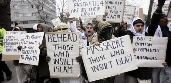 behead-those-who-insult-islam
