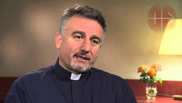 Iraqi-Priest-Whose-Church-Was-Bombed-Begs-U.S