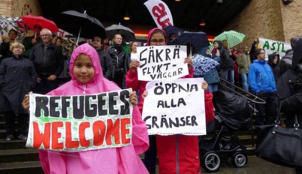 Sweden-refugees-welcome-1