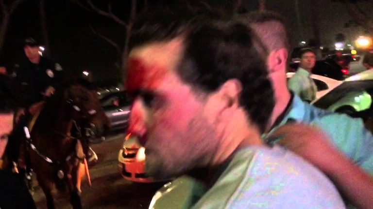 Video: Mexican Flag-Waving Anti-Trumpers Beat Trump Supporters, Attack Vehicles