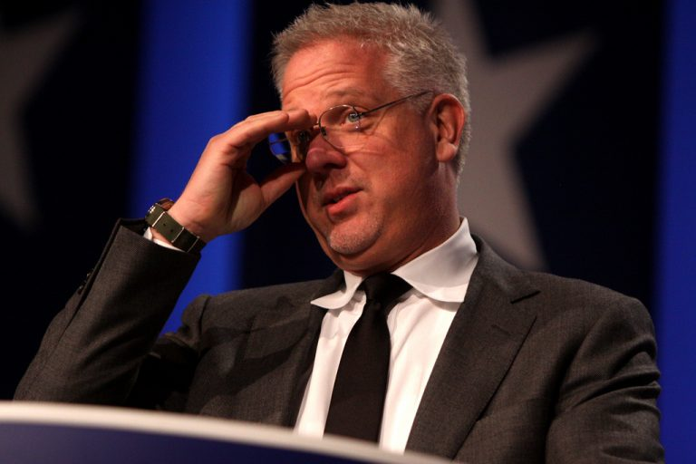 Glenn Beck's broadcast suspended from SiriusXM after condoning death threats against Trump