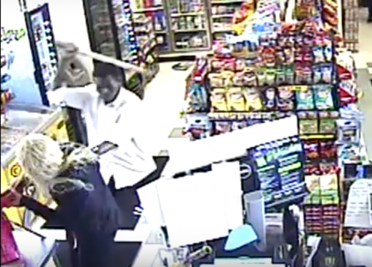 VIDEO: Muslim refugee was shot after attacking a woman and a cop in Washington