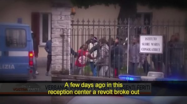 italy-migrants-fight-refuse-to-leave1