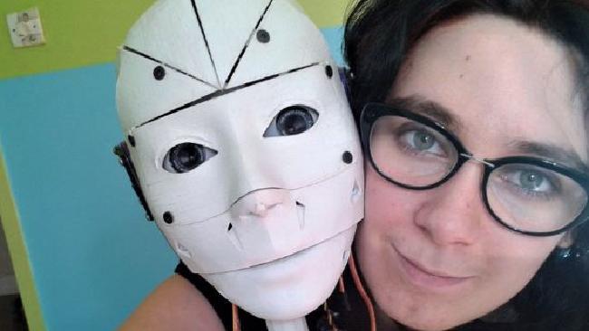 """Woman Declares Herself """"Proud Robosexual,"""" Creates Future Robot Husband on 3D Printer"""