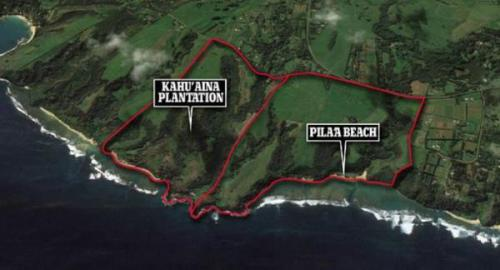Facebook's Mark Zuckerberg, with 6-ft walls constructed around his 700-acre Hawaiian estate, denounces President Trump's policies on illegals and refugees
