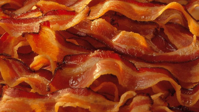 Sweden: Man prosecuted for eating bacon too closely to a group of veiled Muslim women