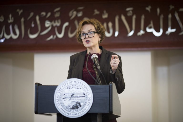 """Minneapolis Mayor Gives State Of The City Address At Mosque After Manchester Islamic Attack: """"We Stand With Our Muslim Community"""""""