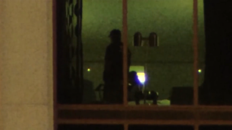 Confirmed: FBI spotted inside Mandalay Bay room 32-132 after shooting