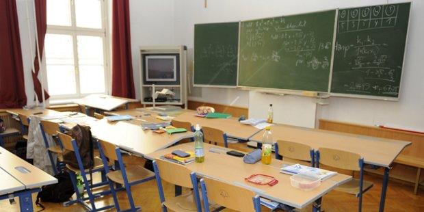 10-year-old Muslim migrant 'child asylum seeker' threatens classmates with mass murder