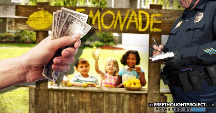 Country Time Lemonade Fights Police State, Pledges to Pay Fines for Kids Busted for 'Illegal Lemonade Stands'