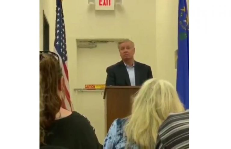 Lindsey Graham to liberals: 'If you're the radical left who is trying to destroy the country, you can kiss my a*s'