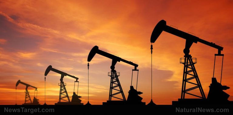 World's largest oil reserves just discovered under Texas & New Mexico
