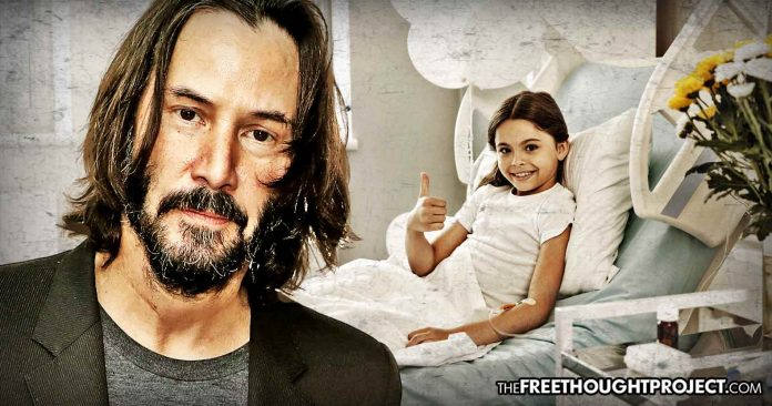 Keanu Reeves Has Been Running a Secret Cancer Foundation to Fund Children's Hospitals