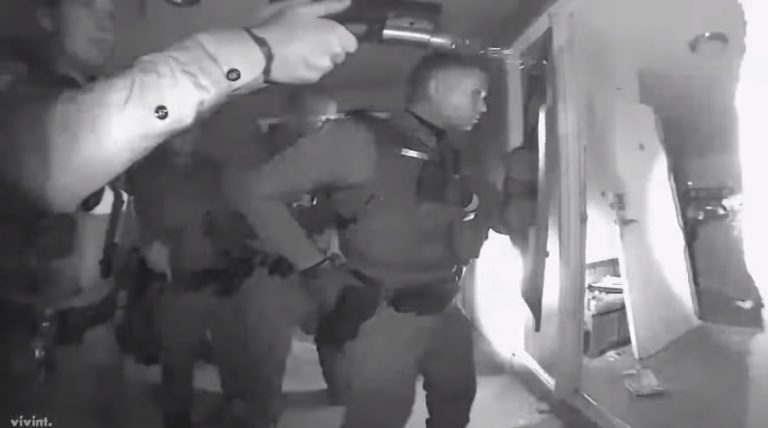 Arizona: SWAT team smashes door, raids mother's home at gunpoint over child having a fever