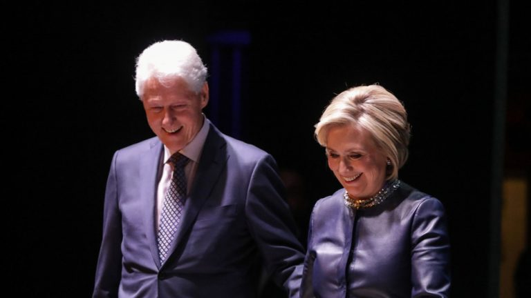 """""""Not Even if They Paid Me The $10"""" – Clinton Speaking Tour Ticket Prices Are Nose-Diving"""
