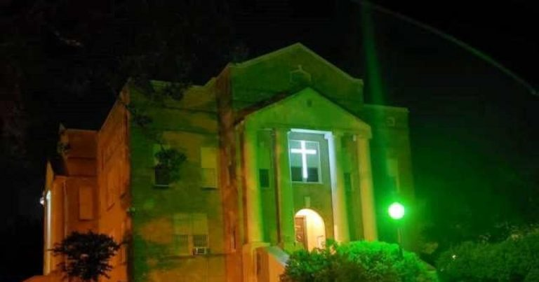 Texas Officials Illuminate Courthouse Crosses After Atheists Demand Removal