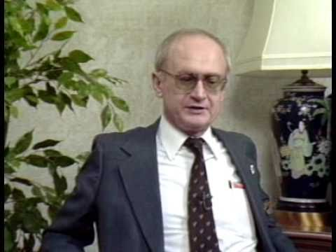 The KGB Agent That Predicted Everything & The Man Who Interviewed Him