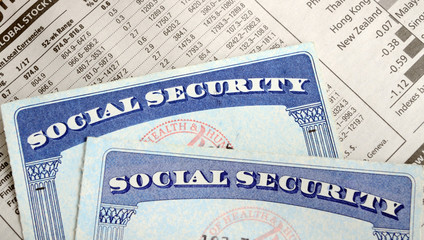 The Social Security Ponzi Scheme is Crumbling: Massive Cuts or Tax Hikes Coming