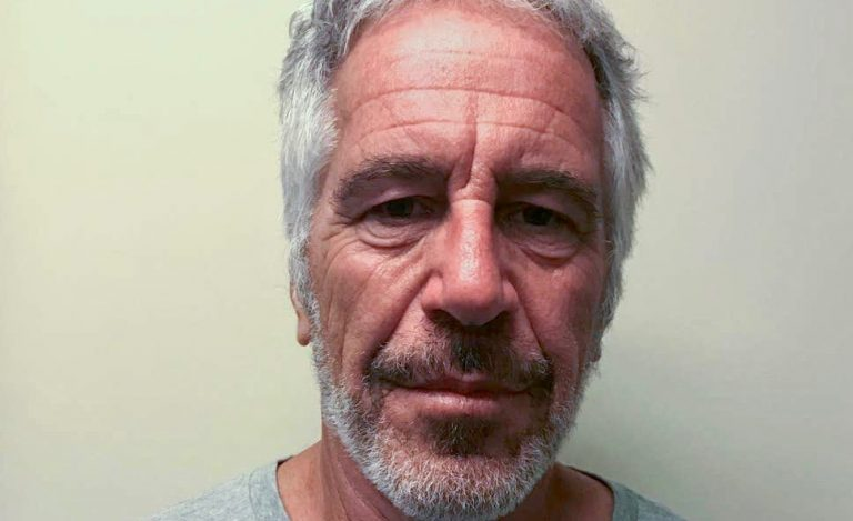 "Jeffrey Epstein's ""Suicide"" Co-Conspirators: Investigative Journalists Point Out How The ""Conspiracy Theorists"" Are Being Proven Right (Video)"