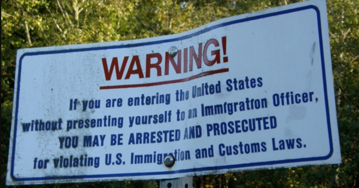 In America, police officers now lose their jobs for enforcing immigration law - DC Clothesline