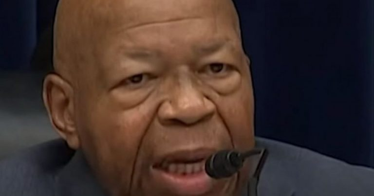 Elijah Cummings Signed Subpoenas on His Death Bed, But the Signatures Don't Match