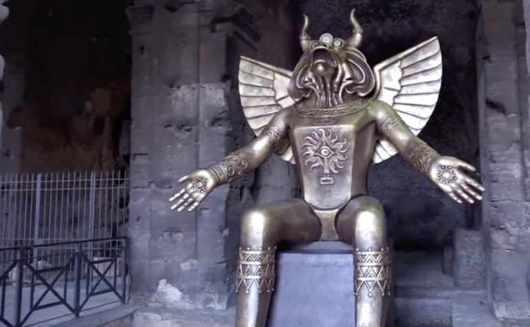 A Giant Statue Of Molech Has Been Put Up Right At The Entrance To The Colosseum In Rome