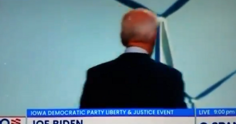 WTH? Crazy Joe Biden turns back to audience, speaks to screen behind him
