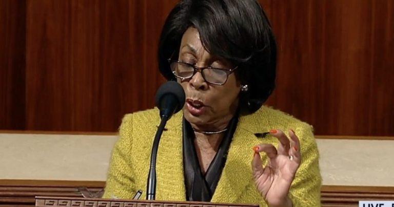 WATCH Maxine Waters flash white power hand sign during sham impeachment speech