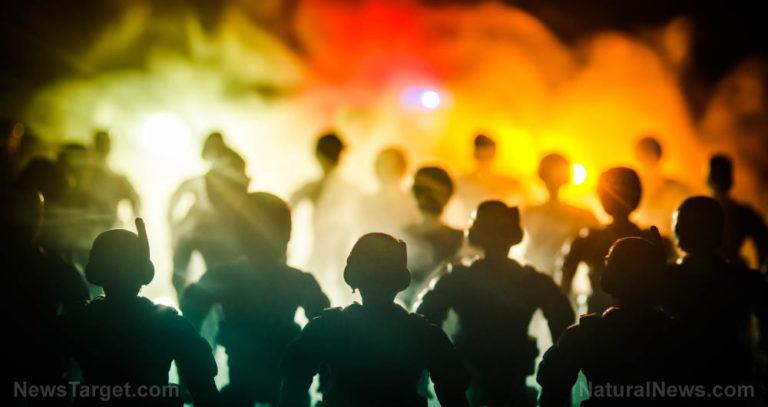 BUSTED: Actors caught posing as cops in George Floyd rioting psy-op