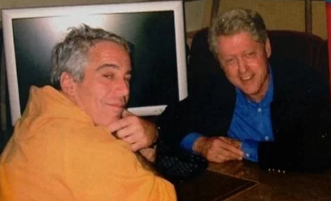 """FBI reportedly ignored mountains of evidence against pedophile Jeffrey Epstein including allegation Bill Clinton was with """"2 young girls"""" on island"""