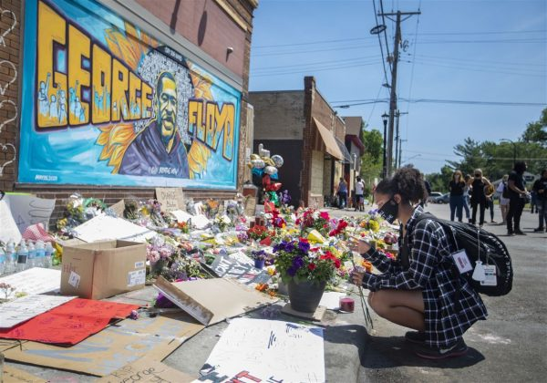 """Just Make It Illegal to Arrest Blacks: to Honor the Memory of George Floyd, Social Justice Advocates Urge Big Box Retailers to Re-Think Calls to Police Over Shoplifting and """"Low-Level"""" Crimes"""